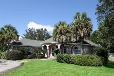 Gulf Breeze Single Family Home For Sale: 2557 Mary Fox Drive