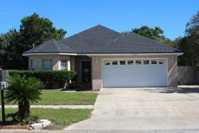 Navarre Single Family Home For Sale: 2232 Orion Lake Drive