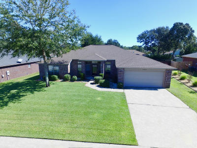 Navarre Single Family Home For Sale: 2926 Ensenada Ct. Court
