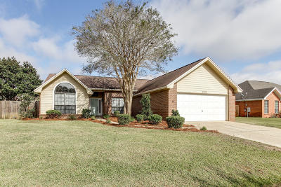 Navarre FL Single Family Home For Sale: $245,900