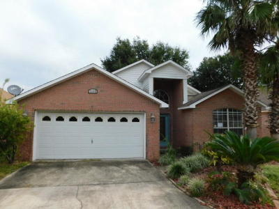 Navarre FL Single Family Home For Sale: $210,500