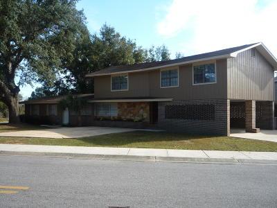 Milton Single Family Home For Sale: 6543 Oakcrest Road