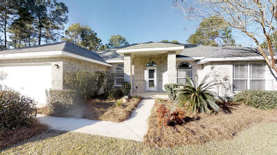Navarre FL Single Family Home For Sale: $329,900