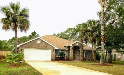 Gulf Breeze Single Family Home For Sale: 5132 Mandavilla Boulevard