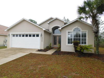 Navarre FL Single Family Home For Sale: $210,000