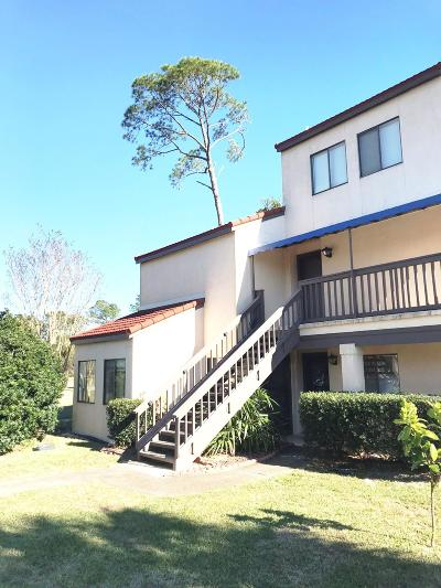 Navarre Condo/Townhouse For Sale: 8253 Navarre Parkway #APT D100