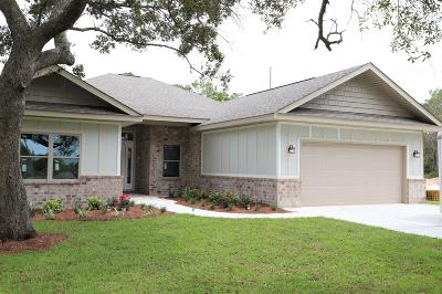 Gulf Breeze Single Family Home For Sale: 1734 Sioux Trail