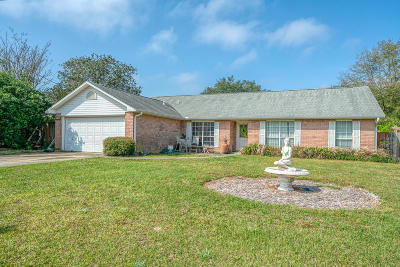 Navarre FL Single Family Home For Sale: $204,900