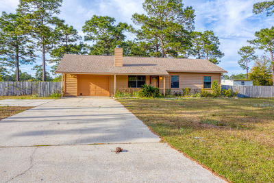 Navarre FL Single Family Home For Sale: $189,990