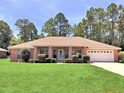 Navarre FL Single Family Home For Sale: $324,900