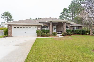 Navarre Single Family Home For Sale: 2400 Cove Road