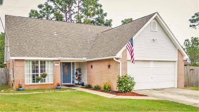 Navarre Single Family Home For Sale: 2308 Prytania Circle