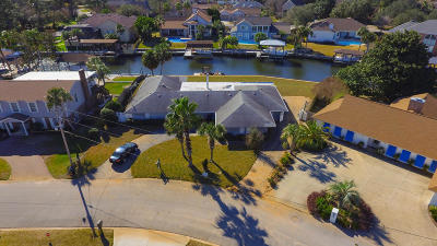 Gulf Breeze FL Single Family Home For Sale: $399,500
