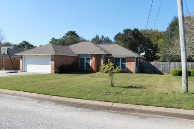 Navarre FL Single Family Home For Sale: $205,000