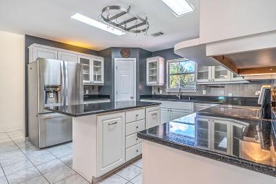 Navarre FL Single Family Home For Sale: $270,500