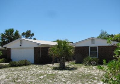 Single Family Home Foreclosures: 853 Tarpon Drive