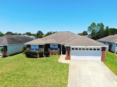 Gulf Breeze Single Family Home For Sale: 6486 Surfside Cove