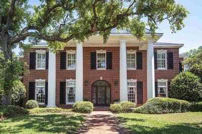 Gulf Breeze Single Family Home For Sale: 100 Chanteclaire Circle