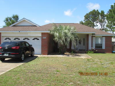 Gulf Breeze Single Family Home For Sale: 6430 Garden Drive