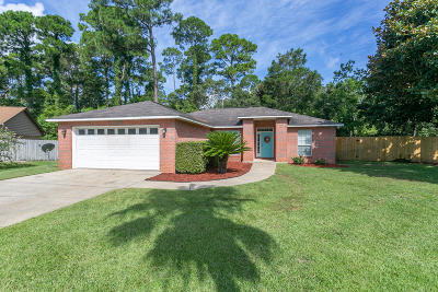 Gulf Breeze Single Family Home For Sale: 1463 Sanibel Lane
