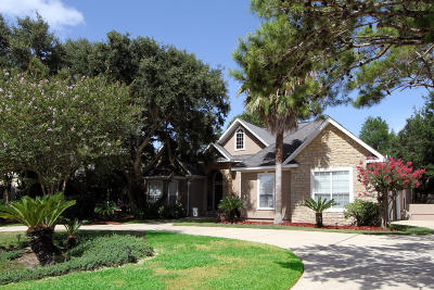 Gulf Breeze Single Family Home For Sale: 287 Plantation Hill Road