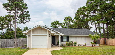 Navarre FL Single Family Home For Sale: $209,900