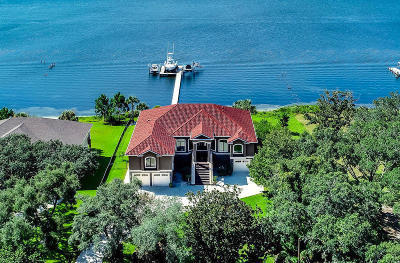 Gulf Breeze Single Family Home For Sale: 4449 Soundside Drive