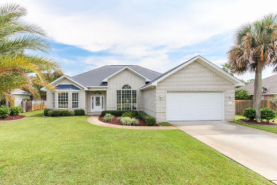 Navarre FL Single Family Home For Sale: $389,900