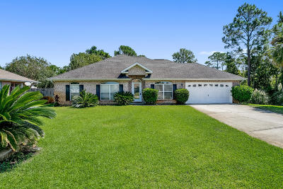 Gulf Breeze Single Family Home For Sale: 6369 Old Harbor Ct Court