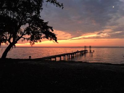 Gulf Breeze Single Family Home For Sale: 5148 Cedar Street