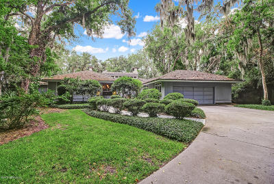 Fernandina Beach Single Family Home For Sale: 1 Marsh Hawk Rd
