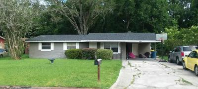 Single Family Home For Sale: 6334 Barry Dr W