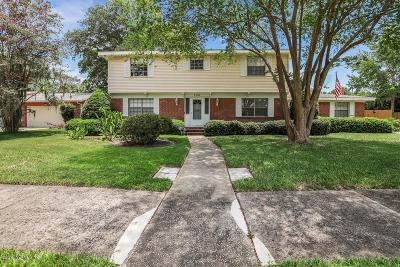 Single Family Home For Sale: 1303 Jamaica Ct