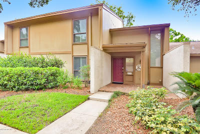 St. Johns County, Flagler County, Clay County, Duval County, Nassau County Condo For Sale: 10143 Cross Green Way #106