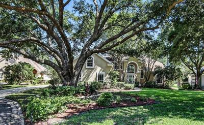 Single Family Home For Sale: 8233 Bay Tree Ln