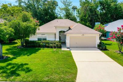 Jacksonville Beach Single Family Home For Sale: 2965 Sanctuary Blvd