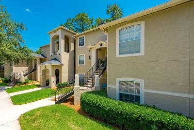 Jacksonville Beach Condo For Sale: 1655 The Greens Way #3213