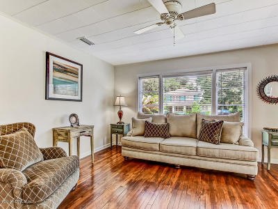 Single Family Home For Sale: 4444 Woodmere St