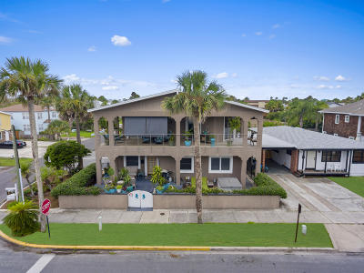 Neptune Beach Single Family Home For Sale: 320 1st St