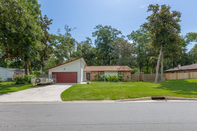 Neptune Beach Single Family Home For Sale: 733 Camellia Terrace Dr