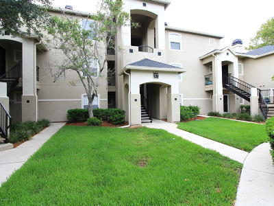 Jacksonville Beach Condo For Sale: 1701 The Greens Way #1731