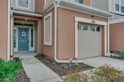 Durbin Crossing Townhouse For Sale: 429 Richmond Dr