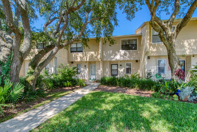 St. Johns County Townhouse For Sale: 341 Monika Pl