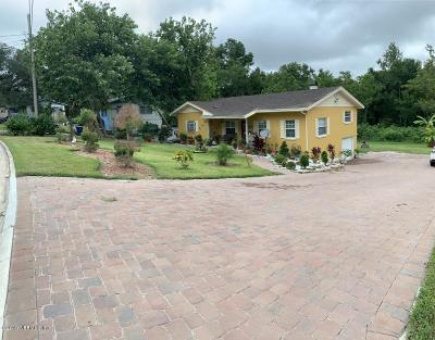 Arlington Single Family Home For Sale: 1429 Aletha Dr