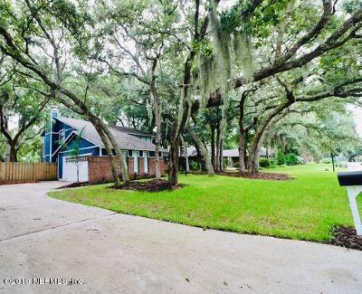 Fernandina Beach Single Family Home For Sale: 1921 Lakeside Dr N