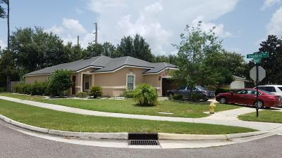 St Augustine Single Family Home For Sale: 600 Stonehill Pl