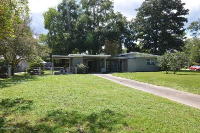Jacksonville Single Family Home For Sale: 1104 Calvados Ct