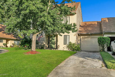 Single Family Home For Sale: 4158 Rollingwood Ct