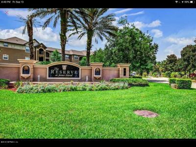 Jacksonville Condo For Sale: 10961 Burnt Mill Rd #826