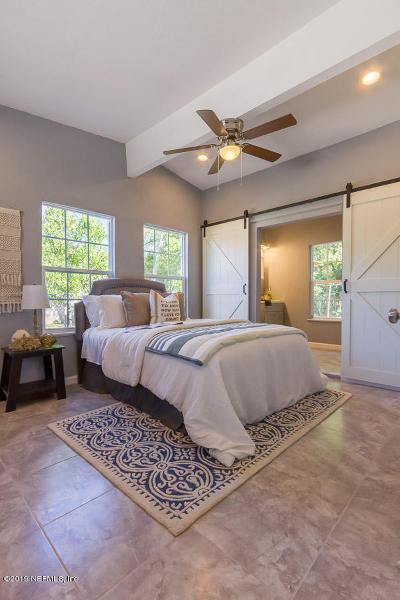 Jacksonville Beach Single Family Home For Sale: 1700 Sable Palm Ln